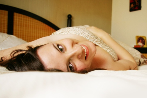 comfy-in-bed-1433307-639x424