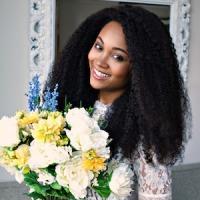 Lana Boone : CEO of Kurly Klips